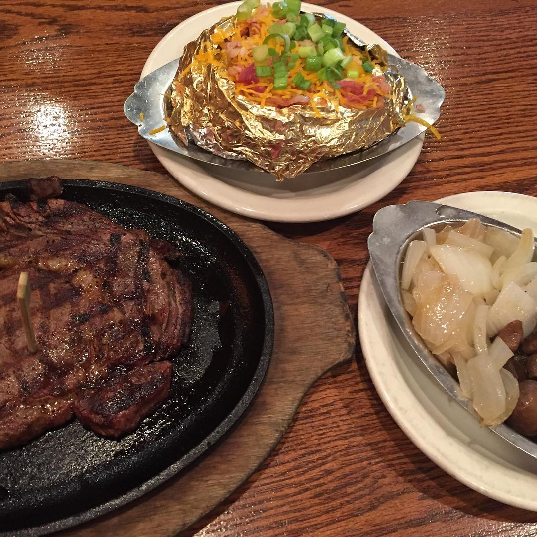 Pigeon Forge Restaurants - Alamo Steakhouse Pigeon Forge - Original Photo