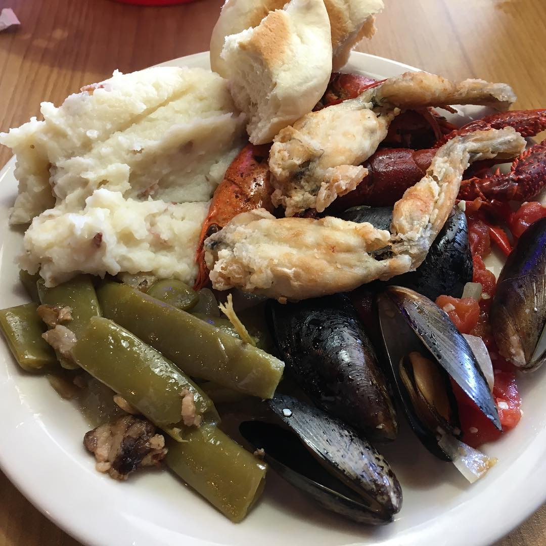 Pigeon Forge Restaurants Captain Jim S Seafood Buffet Original Photo