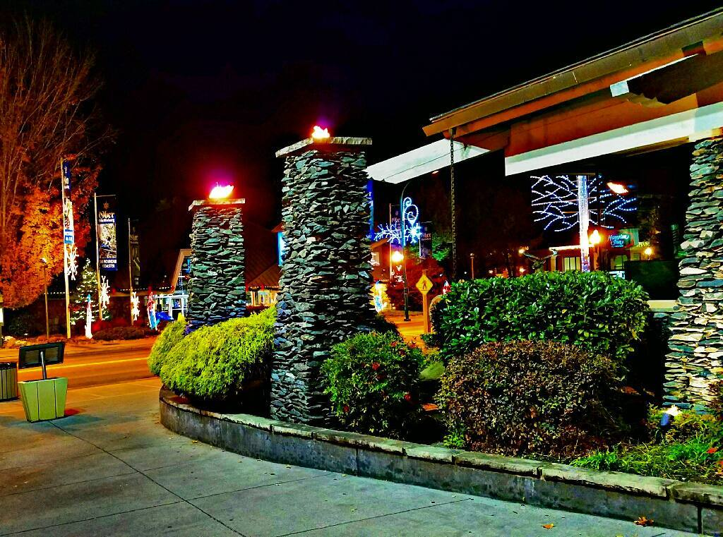Gatlinburg Restaurants - Cherokee Grill Gatlinburg - Original Photo