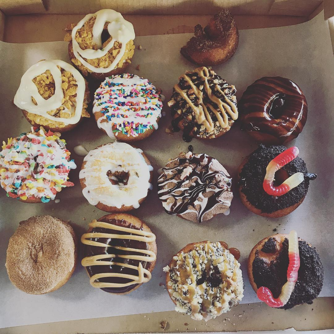 Review Of Courthouse Donuts In Sevierville Tn W Photos