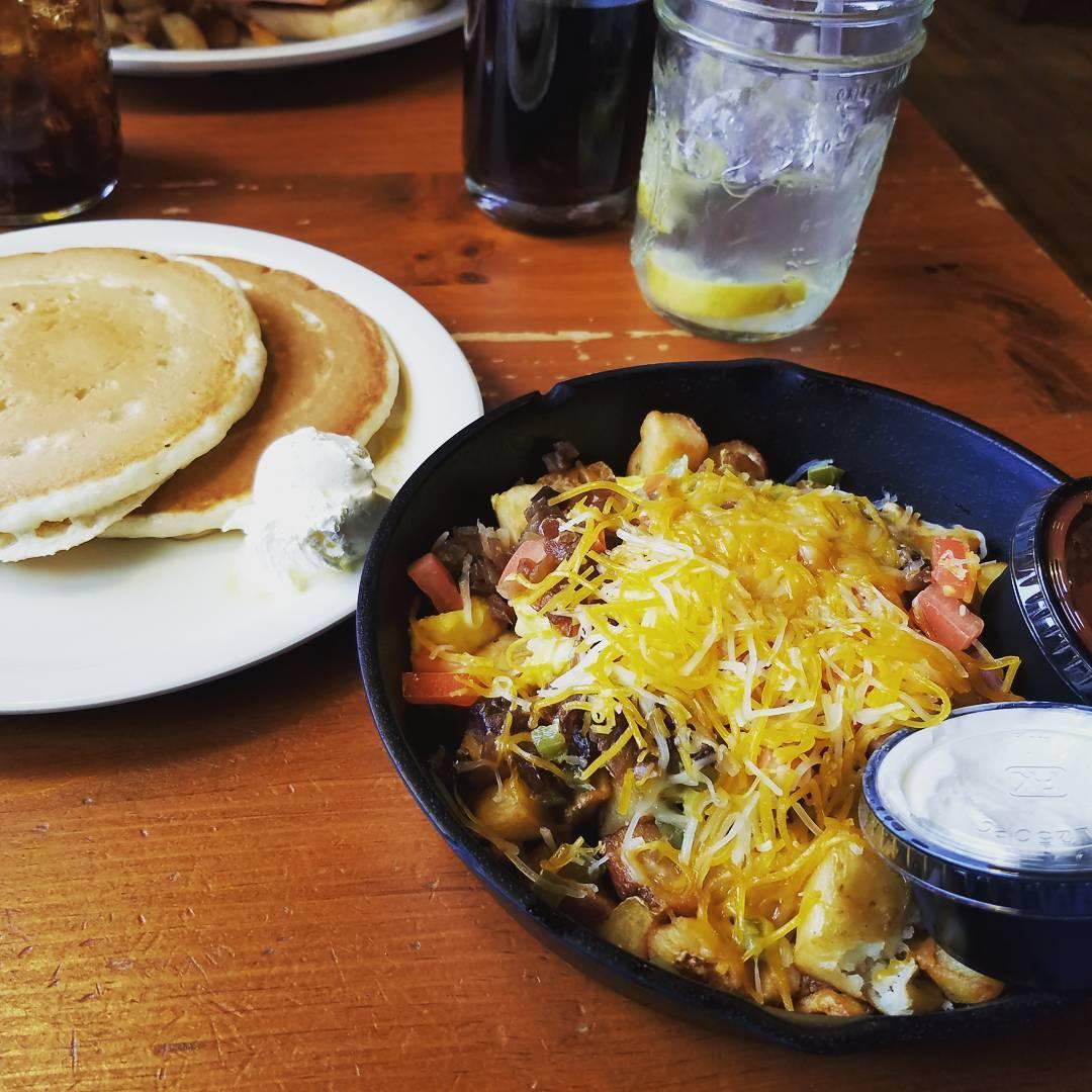 Gatlinburg Restaurants - Flapjack's Pancake Cabin - Original Photo