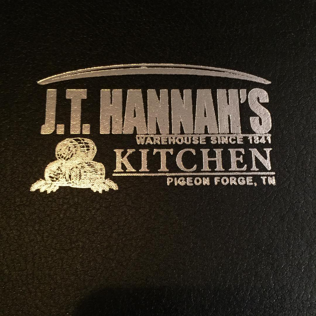 Pigeon Forge Restaurants - J.T. Hannah's Pigeon Forge: Great Atmosphere with Good Food - Original Photo