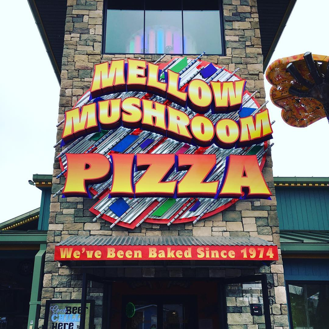 Pigeon Forge Restaurants - Mellow Mushroom at the Island - Original Photo