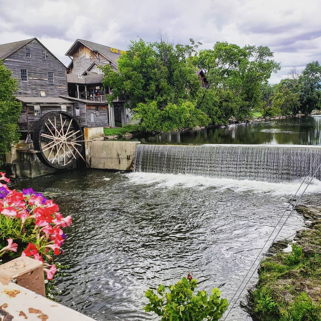 Pigeon Forge Things To Do - Mill Bridge Winery - Original Photo
