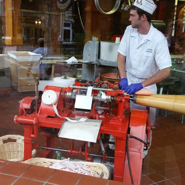 Gatlinburg Restaurants - Ole Smoky Candy Kitchen - Original Photo