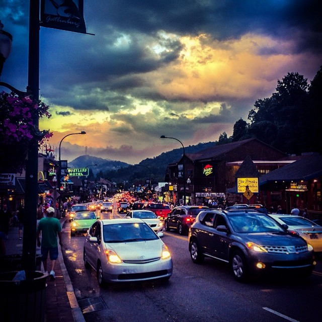 Gatlinburg Restaurants - Puckers Sports Grill - Original Photo