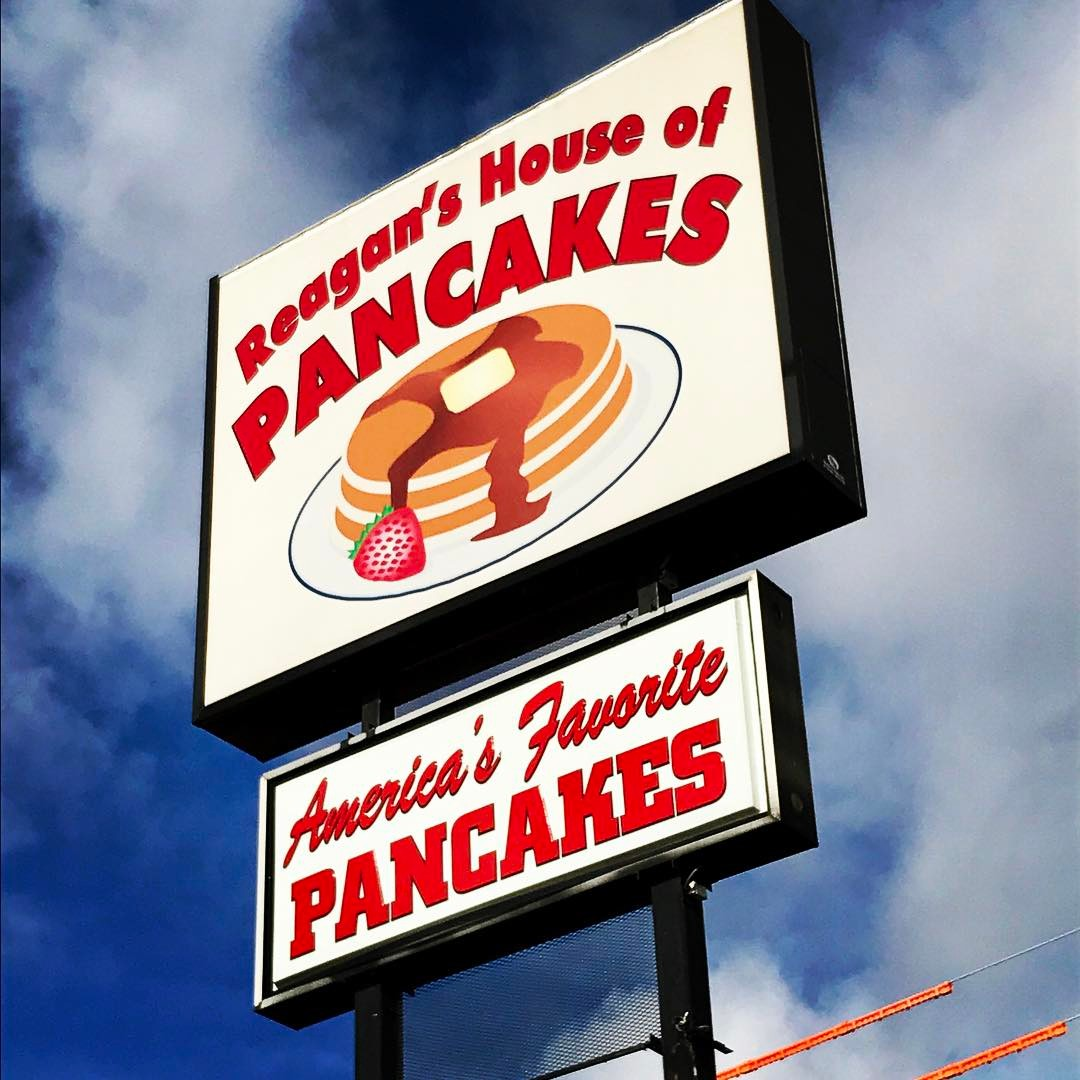 Pigeon Forge Restaurants - Reagan's House of Pancakes - Original Photo