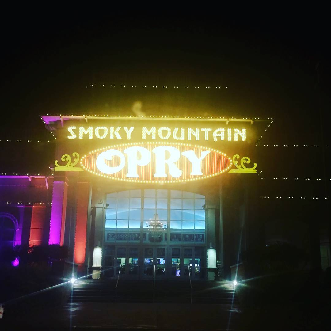 Pigeon Forge Things To Do - Smoky Mountain Opry - Original Photo