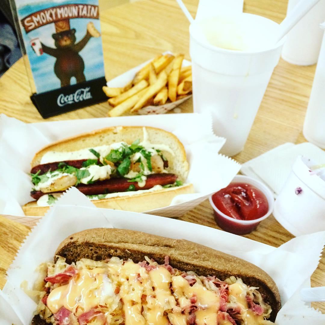 Gatlinburg Restaurants - Smoky Mountain Shakes N Dawgs - Original Photo