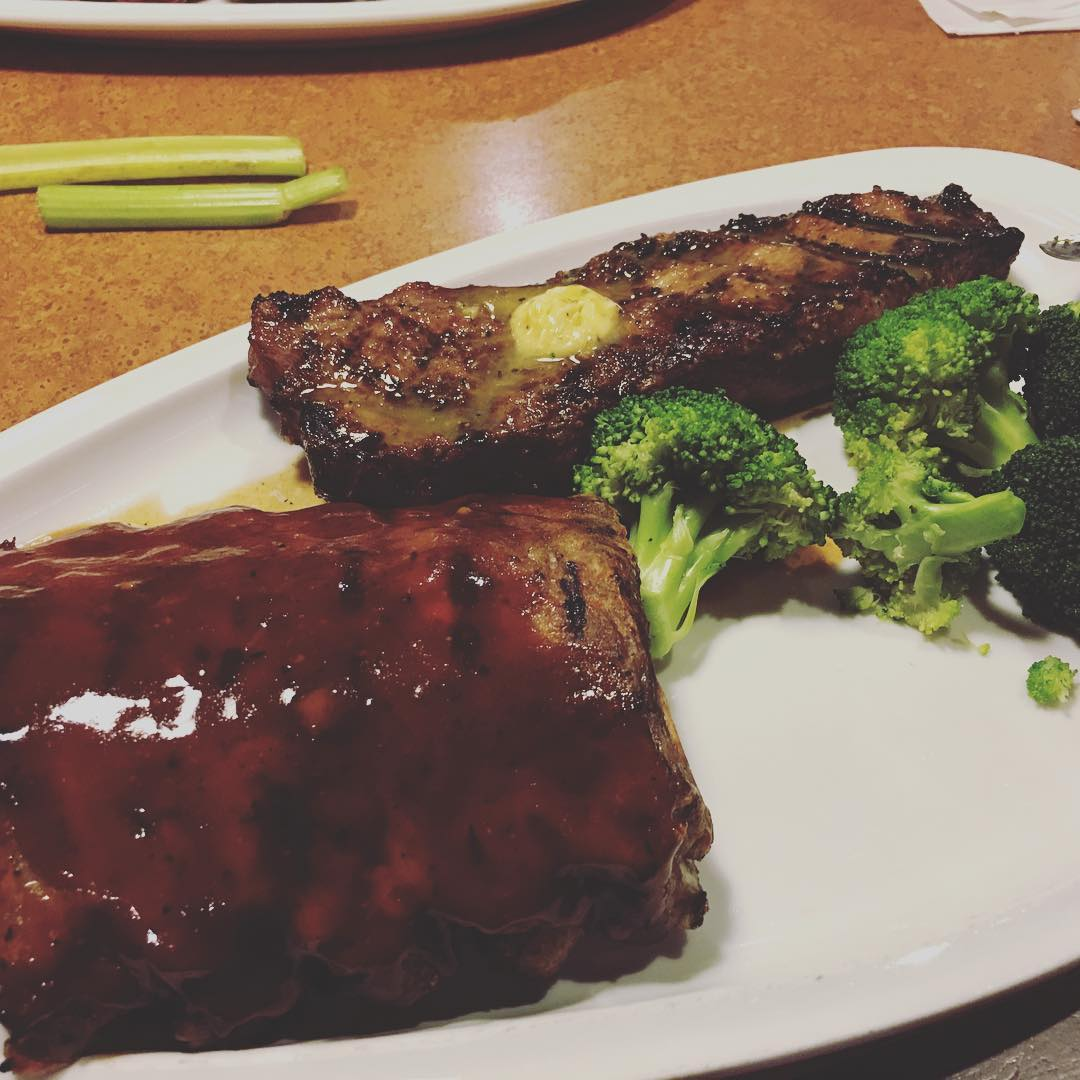 Gatlinburg Restaurants - TGI Fridays - Original Photo
