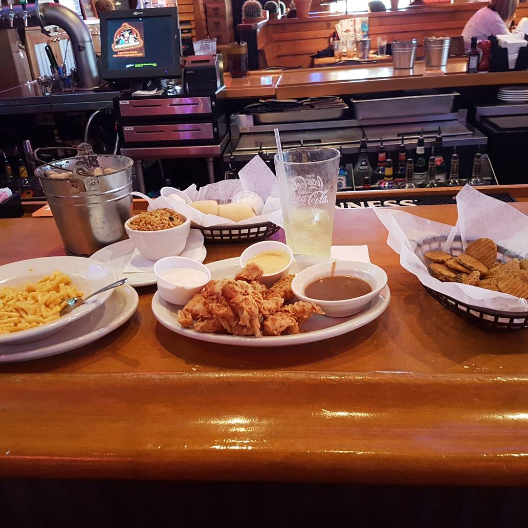 Sevierville Restaurants - Texas Roadhouse - Original Photo