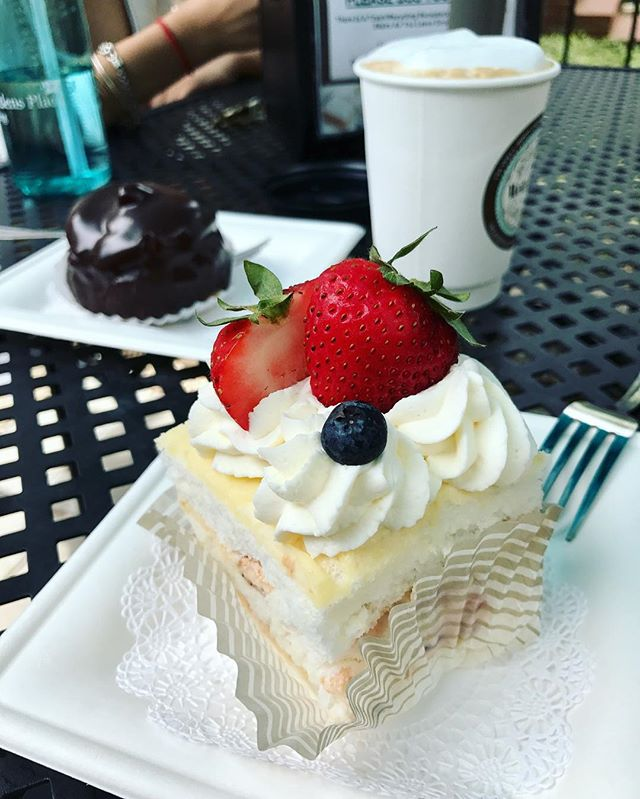 Asheville Restaurants - The Well-Bred Bakery & Café in Biltmore Village - Original Photo