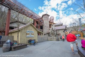 Dollywood - Tennessee Tornado