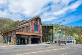 Gatlinburg - Sugarlands Distilling Company