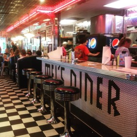 Pigeon Forge - Mel's Classic Diner