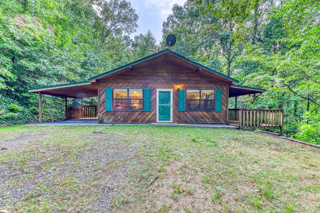 Photo of a Sevierville Cabin named Smoky Bear Hideout - This is the twenty-third photo in the set.