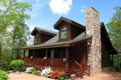 Alpine Ski Lodge, 2 Bedrooms, Near Ober Gatlinburg, Hot Tub,  Sleeps 6