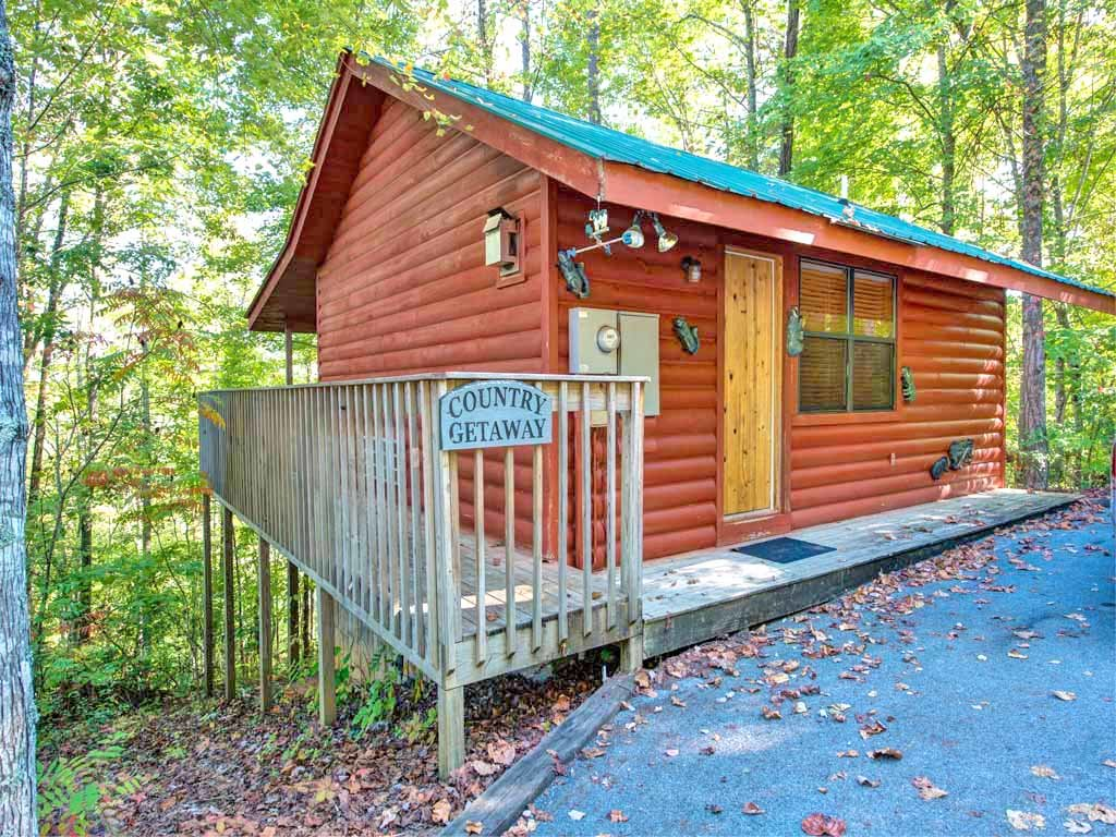 Photo of a Gatlinburg Cabin named Country Getaway - This is the fourteenth photo in the set.