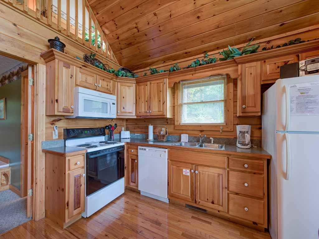 Photo of a Gatlinburg Cabin named Cub's Cove - This is the ninth photo in the set.