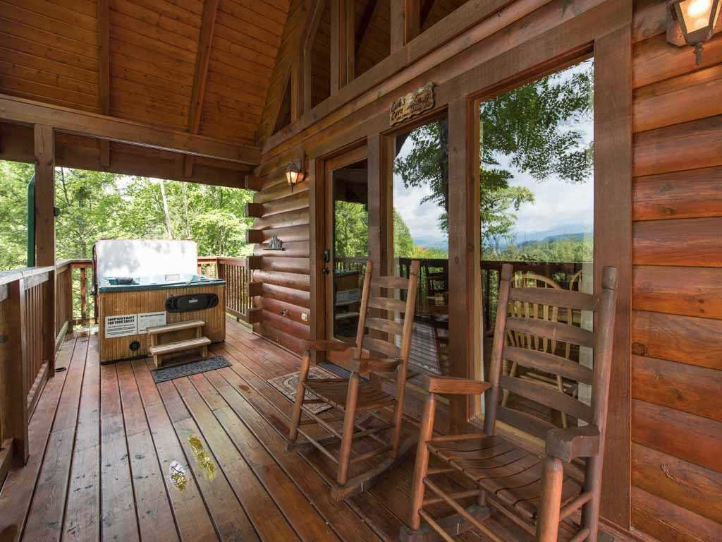 Photo of a Gatlinburg Cabin named Cub's Cove - This is the seventeenth photo in the set.