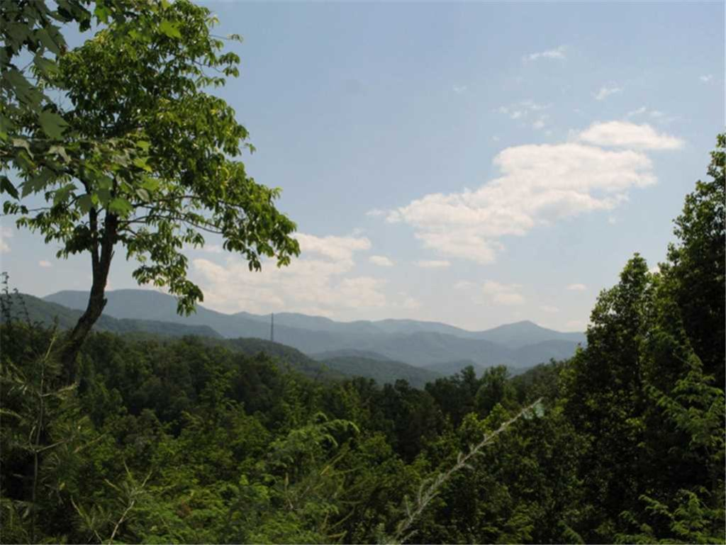 Photo of a Gatlinburg Cabin named Cub's Cove - This is the sixteenth photo in the set.