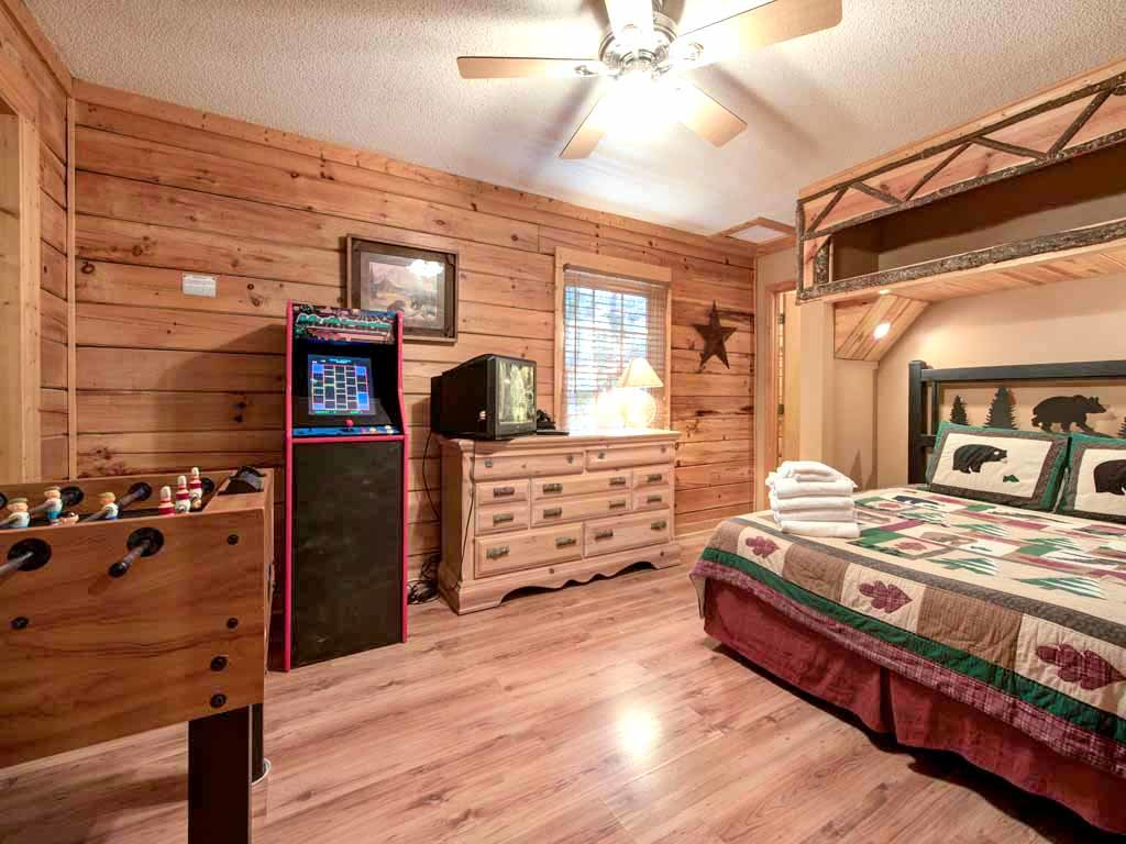 Photo of a Gatlinburg Cabin named Magical Moments - This is the tenth photo in the set.