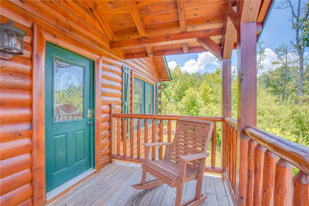 Photo of a Gatlinburg Cabin named Magic Moments Ii - This is the nineteenth photo in the set.