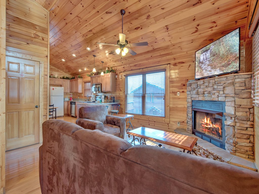 Photo of a Gatlinburg Cabin named Magic Moments Ii - This is the first photo in the set.