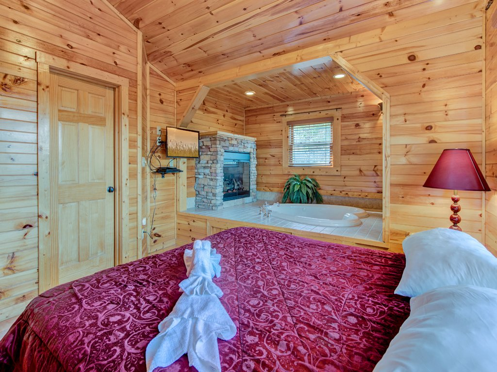Photo of a Gatlinburg Cabin named Magic Moments Ii - This is the twelfth photo in the set.