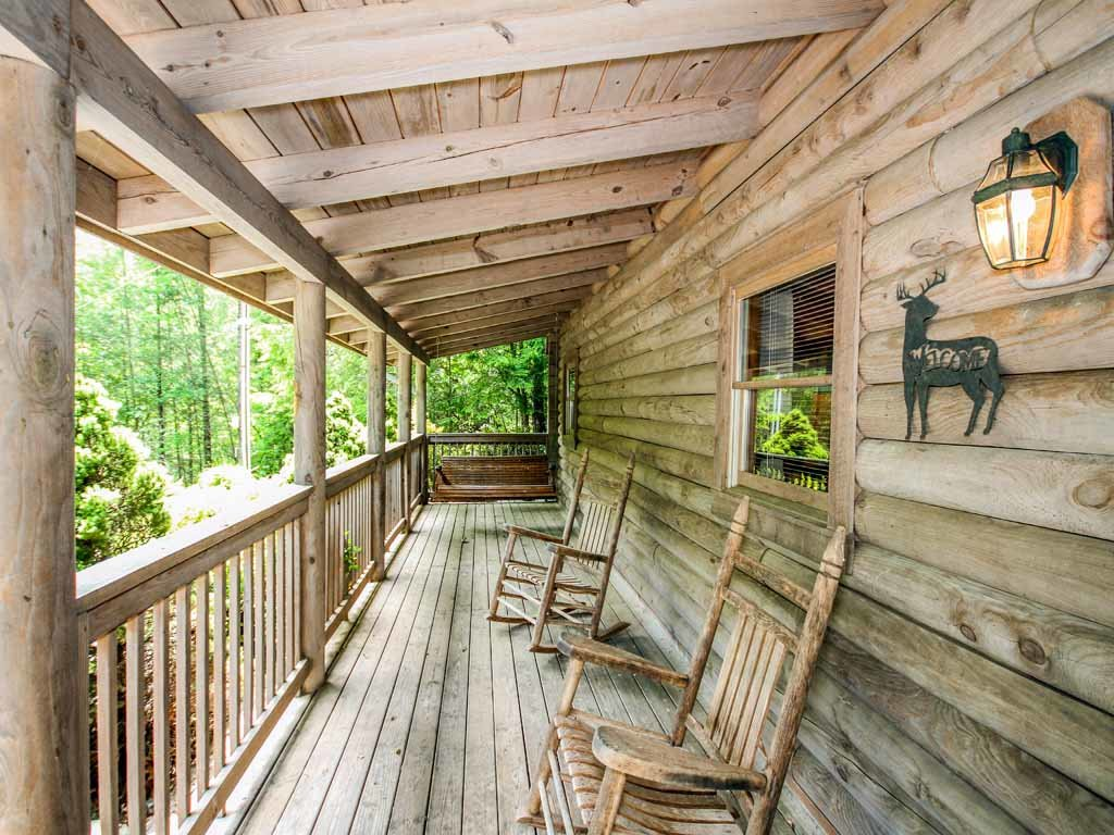 Photo of a Gatlinburg Cabin named Buckhorn - This is the fourth photo in the set.