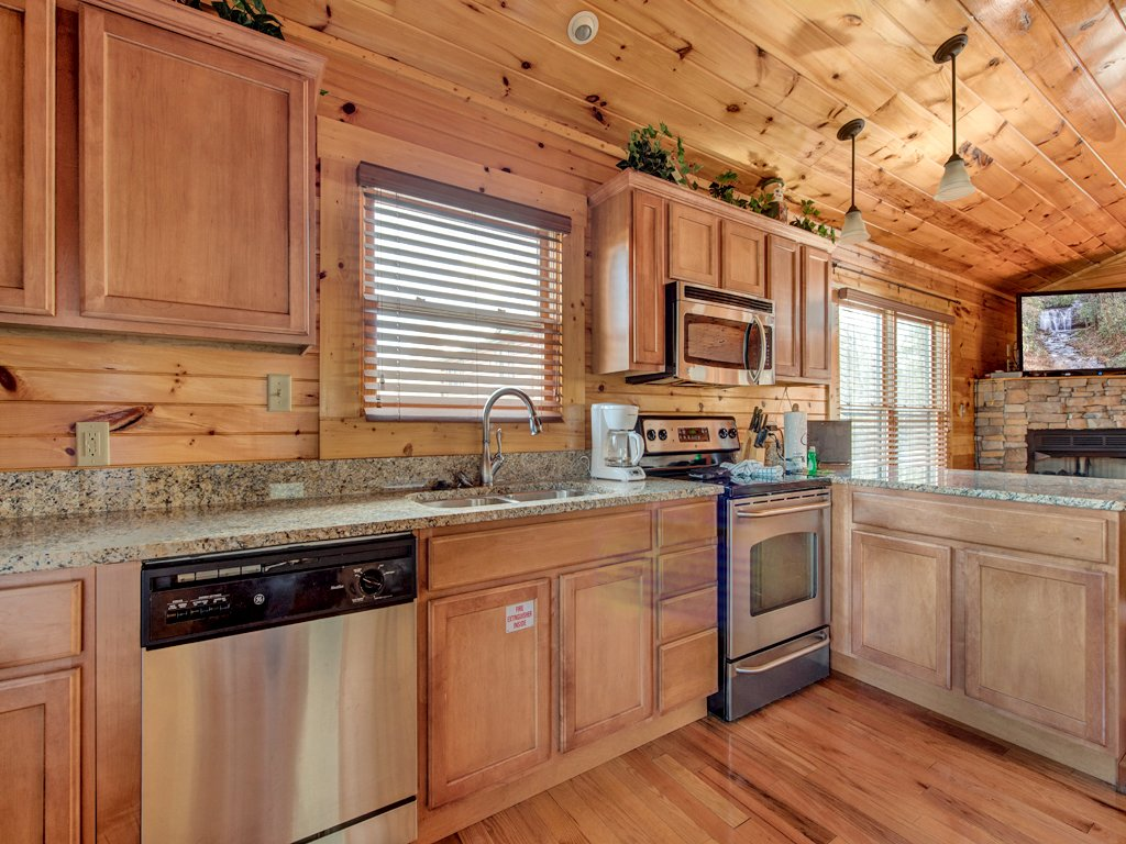 Photo of a Gatlinburg Cabin named Magic Moments Ii - This is the seventh photo in the set.