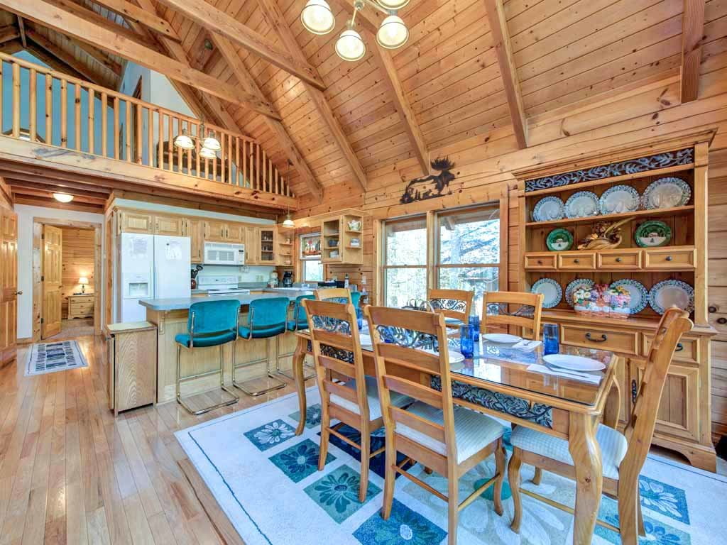 Photo of a Gatlinburg Cabin named Amazing River Retreat - This is the eighth photo in the set.