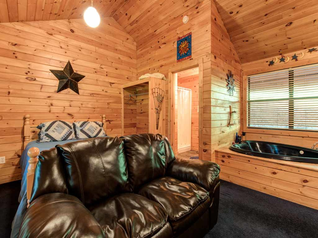 Photo of a Gatlinburg Cabin named Star Struck - This is the fourth photo in the set.
