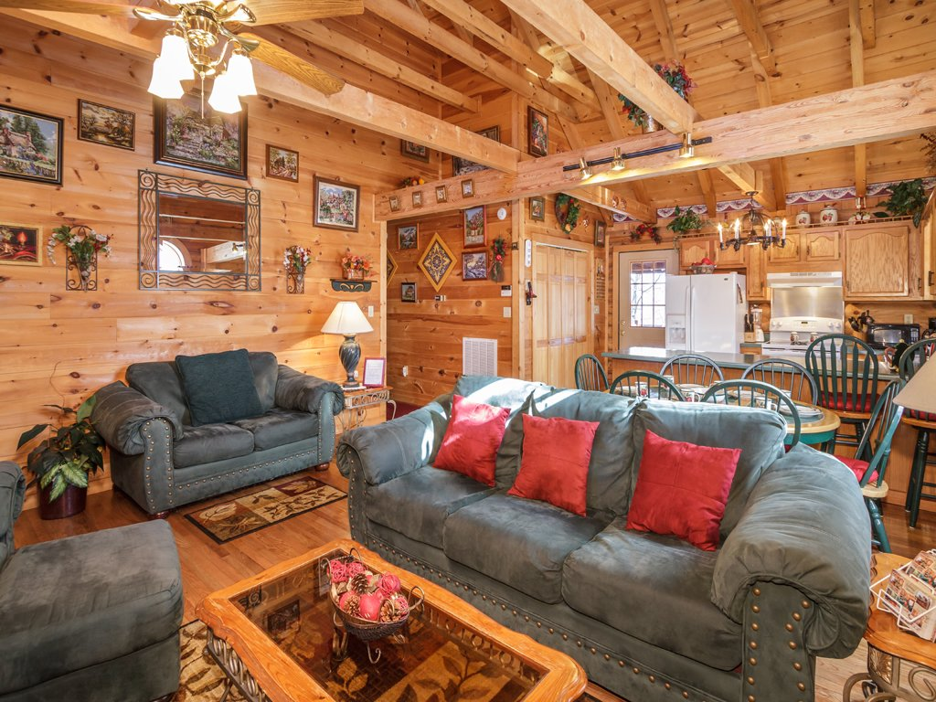 Photo of a Gatlinburg Cabin named Alpine Ski Lodge - This is the sixth photo in the set.