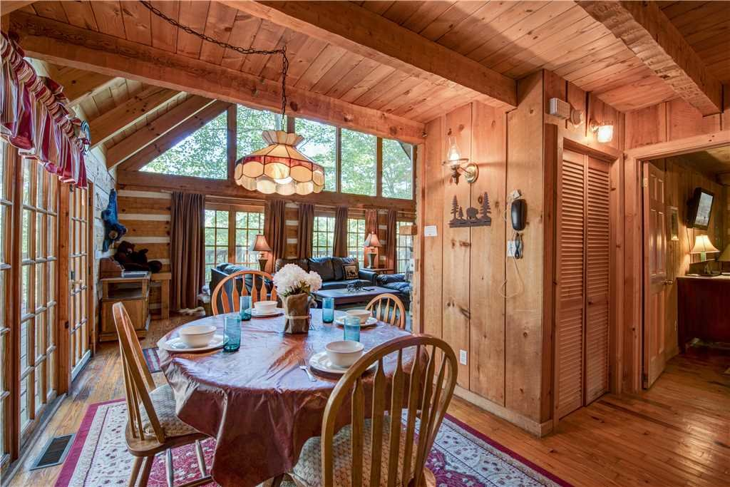 Photo of a Gatlinburg Cabin named Bear Cave Haus - This is the fourth photo in the set.