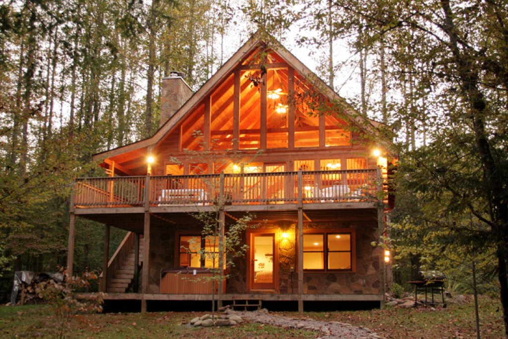Photo of a Gatlinburg Cabin named Amazing River Retreat - This is the twenty-eighth photo in the set.