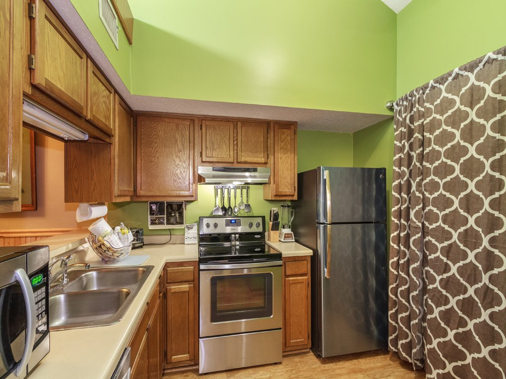 Photo of a Gatlinburg Condo named Groovy Getaway - This is the eighth photo in the set.