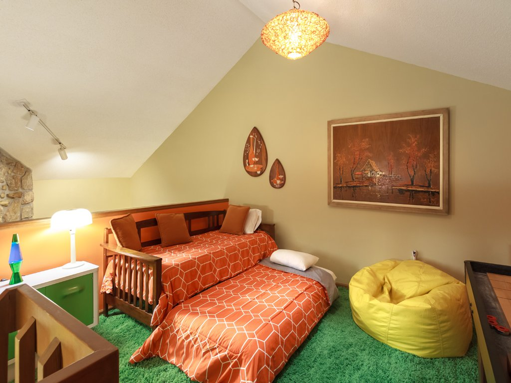 Photo of a Gatlinburg Condo named Groovy Getaway - This is the eighteenth photo in the set.