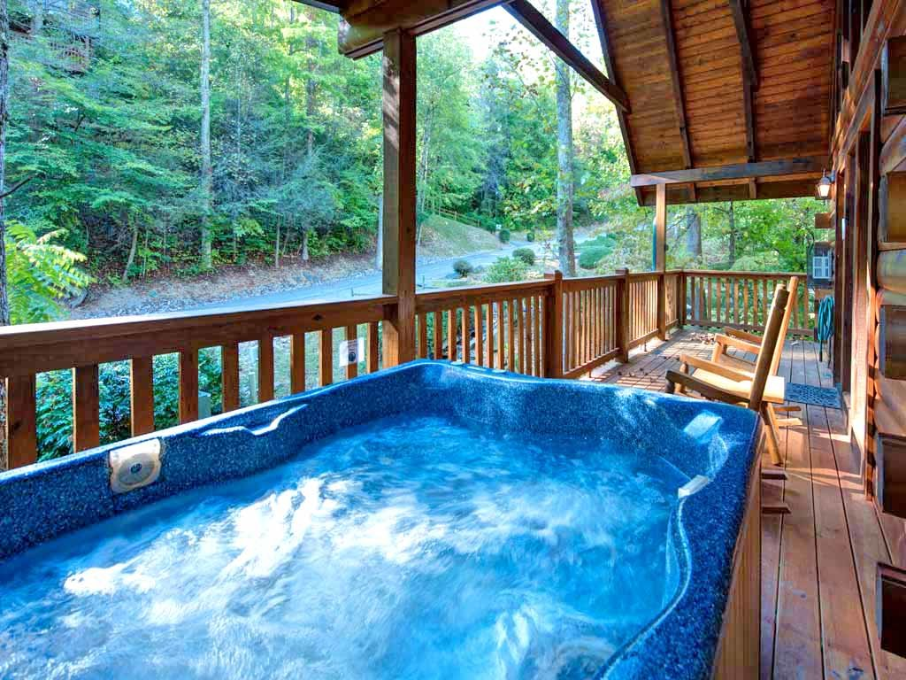 Photo of a Gatlinburg Cabin named Southern Serenity - This is the second photo in the set.