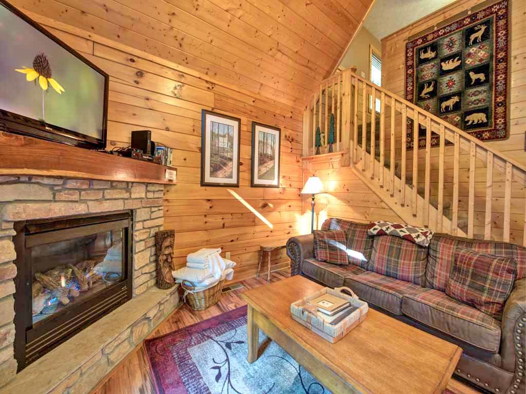 Photo of a Gatlinburg Cabin named Southern Serenity - This is the fourth photo in the set.
