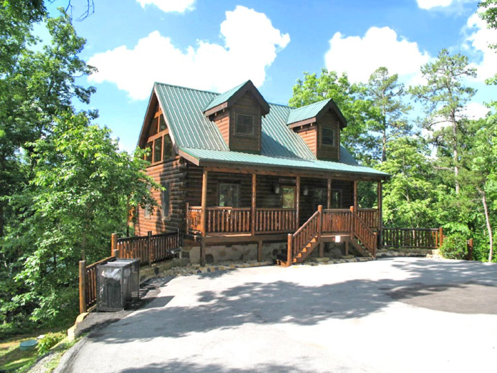 Photo of a Gatlinburg Cabin named Together Again - This is the third photo in the set.