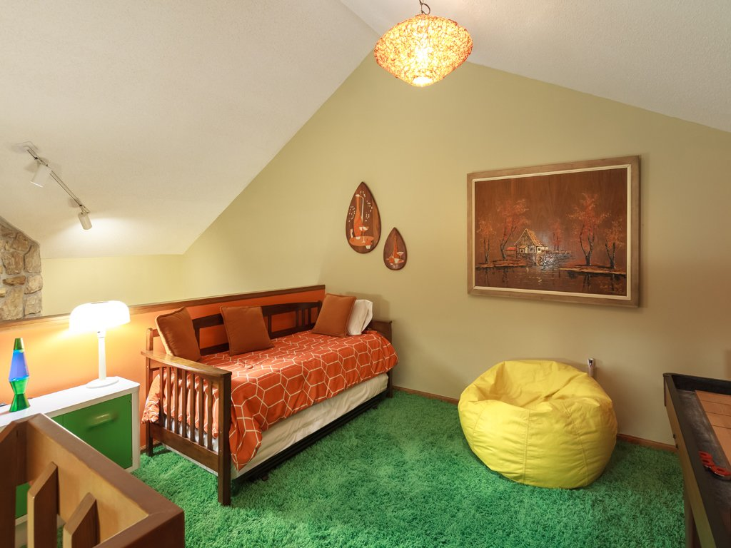 Photo of a Gatlinburg Condo named Groovy Getaway - This is the seventeenth photo in the set.