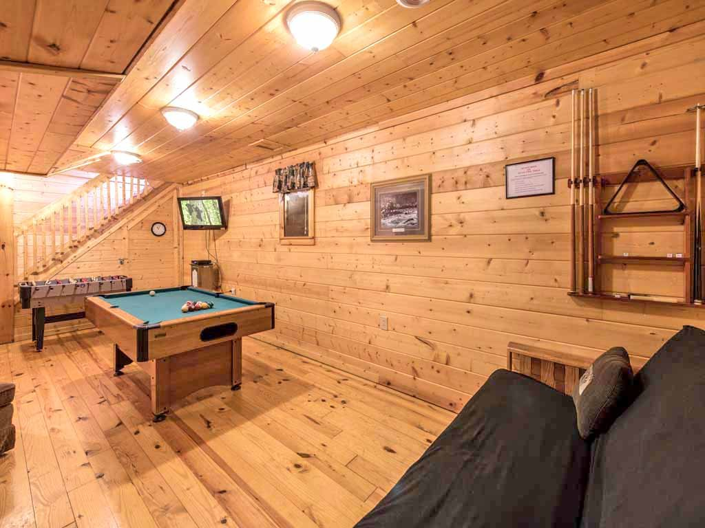 Photo of a Gatlinburg Cabin named Three Bears Cabin - This is the sixth photo in the set.