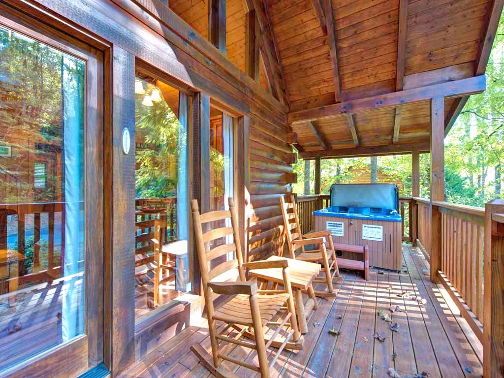 Photo of a Gatlinburg Cabin named Southern Serenity - This is the fifteenth photo in the set.