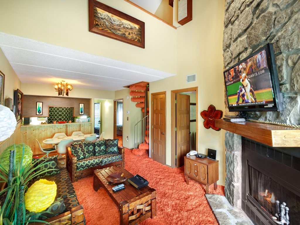 Photo of a Gatlinburg Condo named Groovy Getaway - This is the first photo in the set.