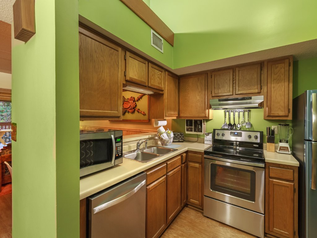 Photo of a Gatlinburg Condo named Groovy Getaway - This is the ninth photo in the set.
