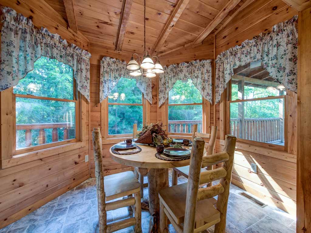 Photo of a Gatlinburg Cabin named Paul's Paradise - This is the sixth photo in the set.