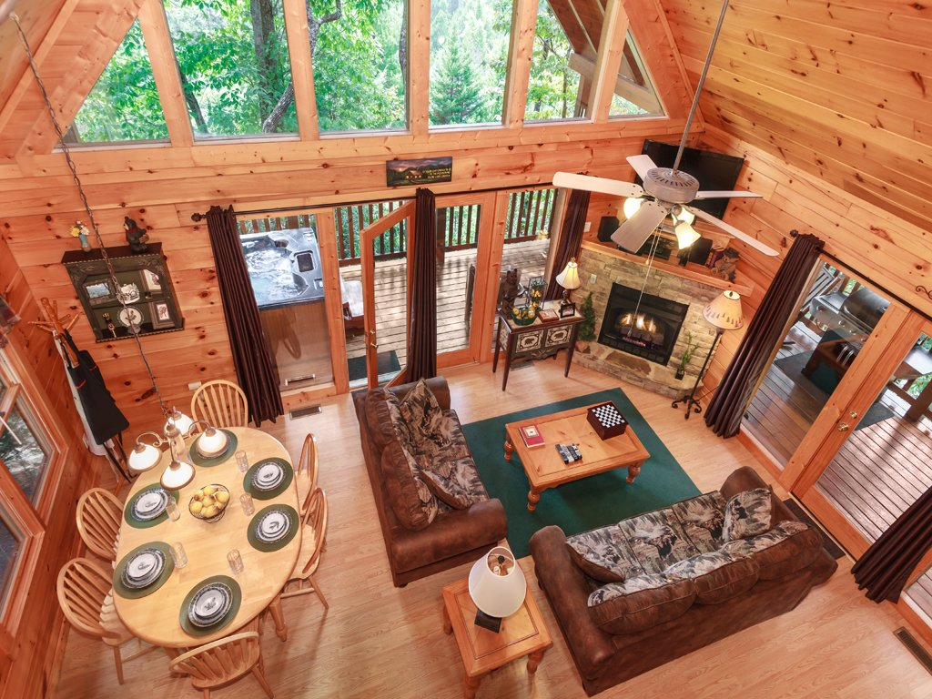Photo of a Gatlinburg Cabin named Cub's Corner - This is the seventh photo in the set.