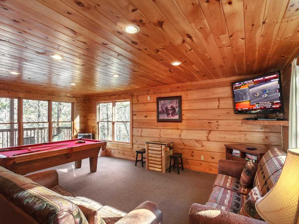 Photo of a Gatlinburg Cabin named Lazy Bear Lodge - This is the eighth photo in the set.