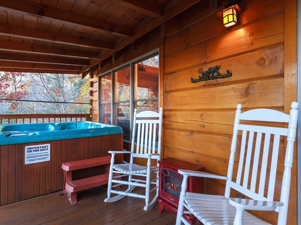 Photo of a Gatlinburg Cabin named Lazy Bear Lodge - This is the eighteenth photo in the set.
